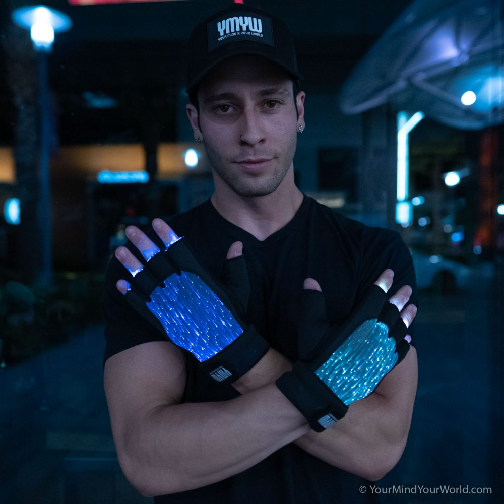 fiber-optic-gloves for men