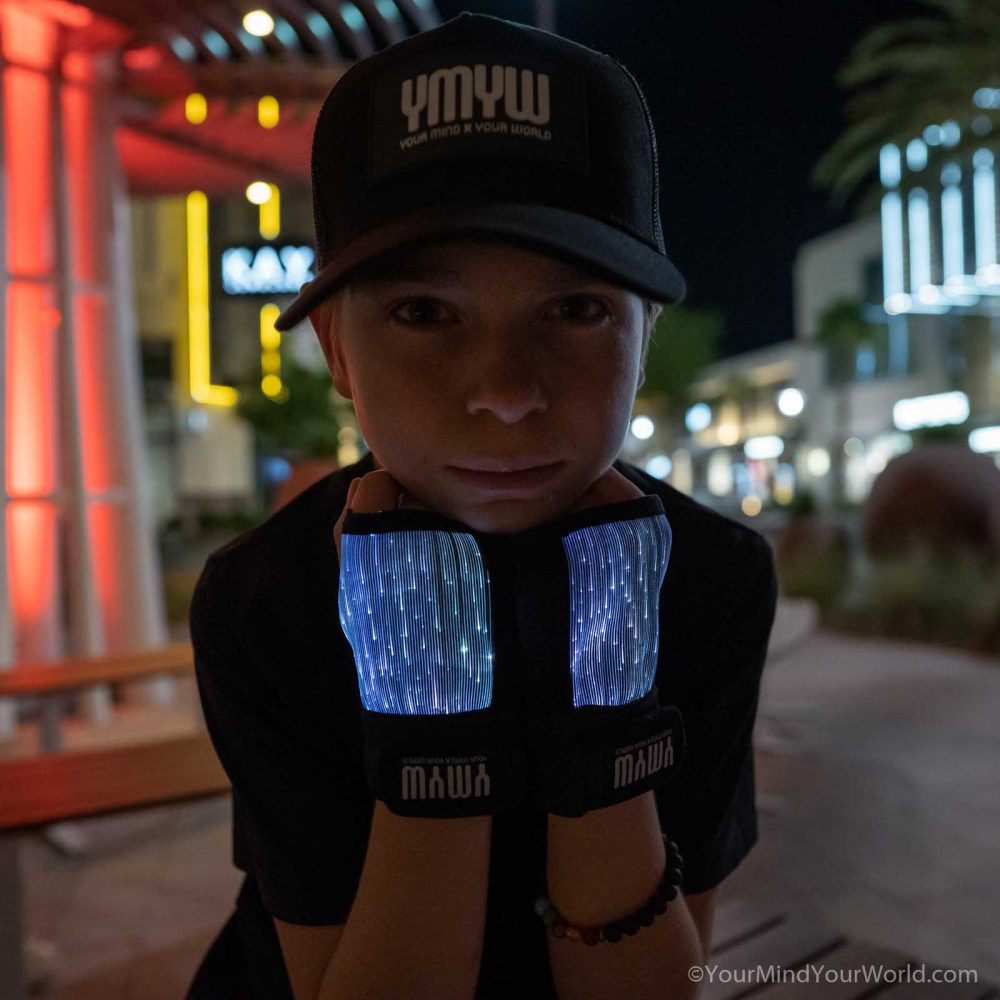 led gloves for teens and kids