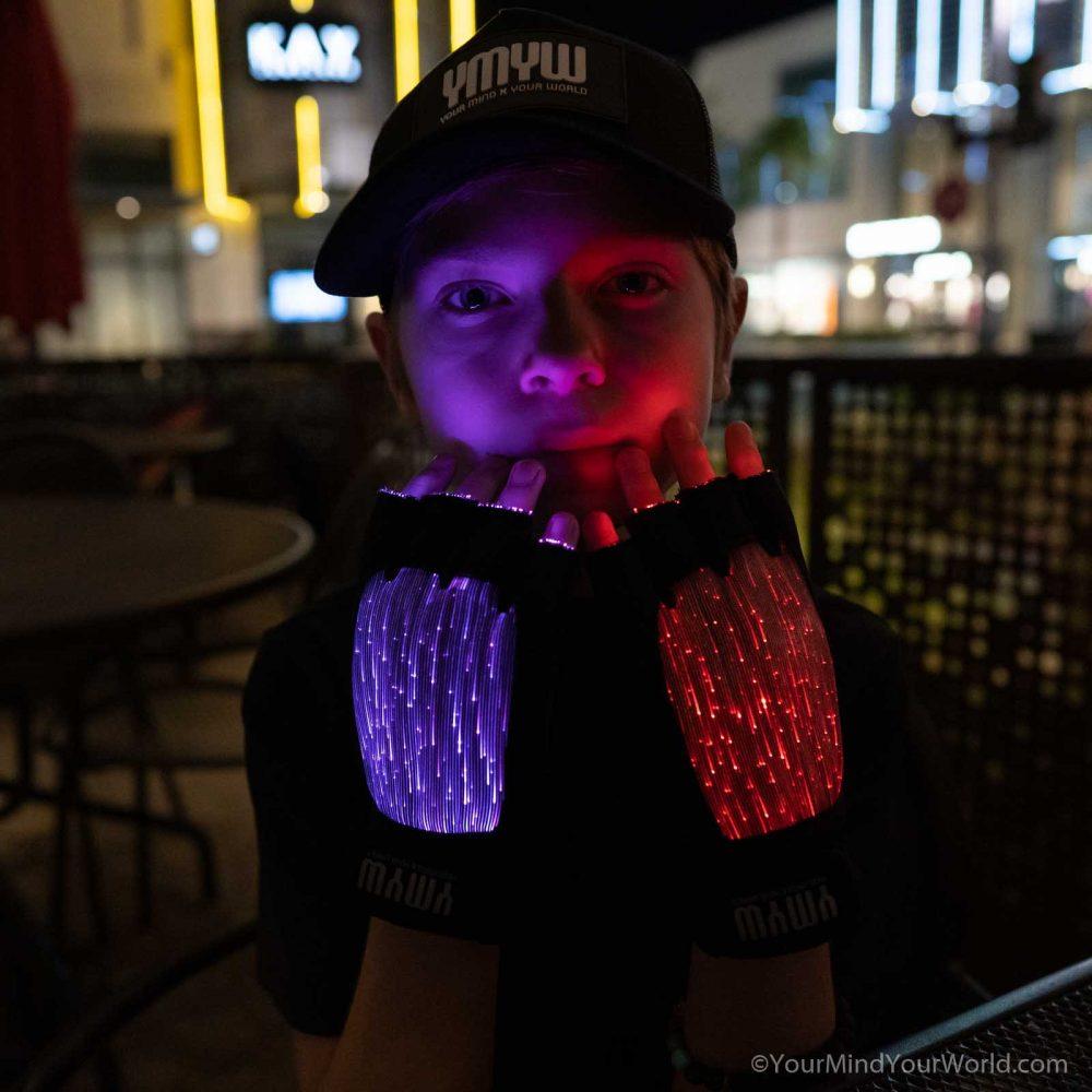 light gloves for kids