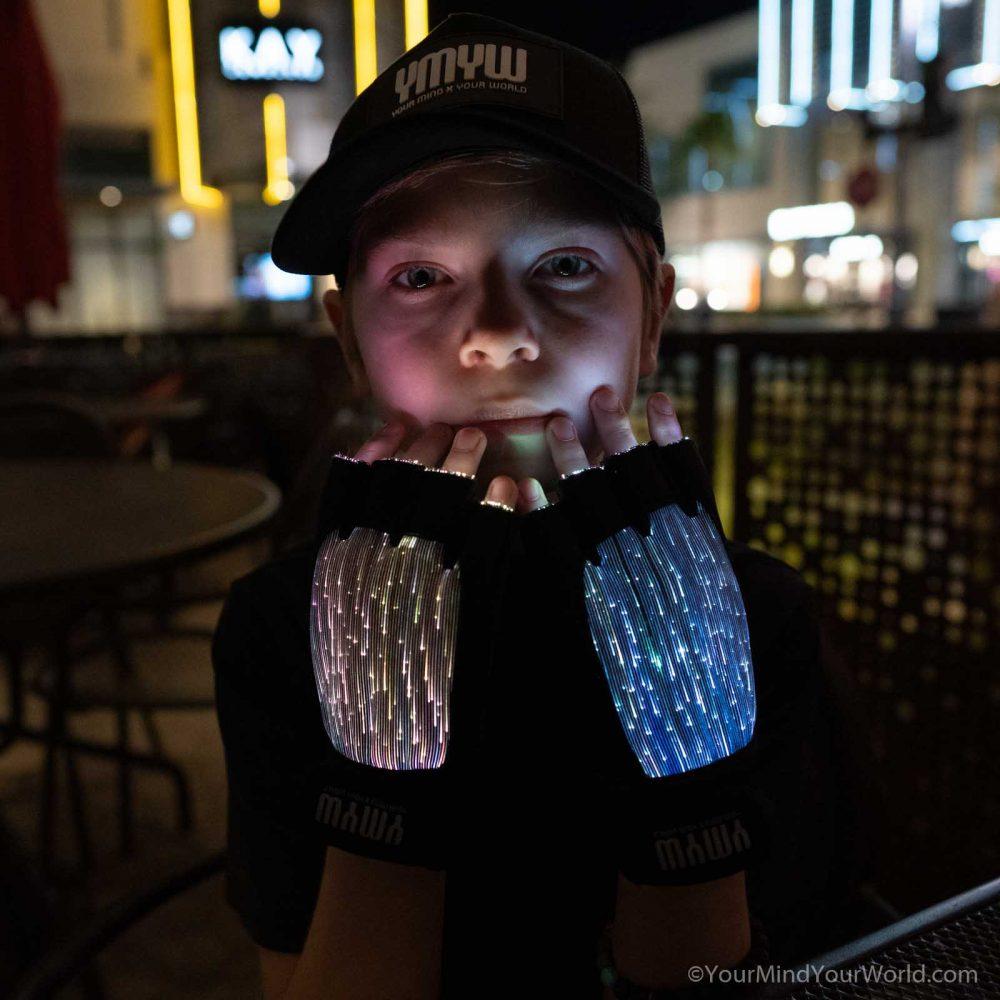 led finger light gloves for teens