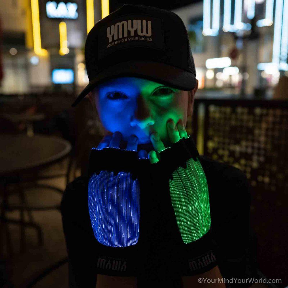 LIGHT UP GLOVES for TEENS