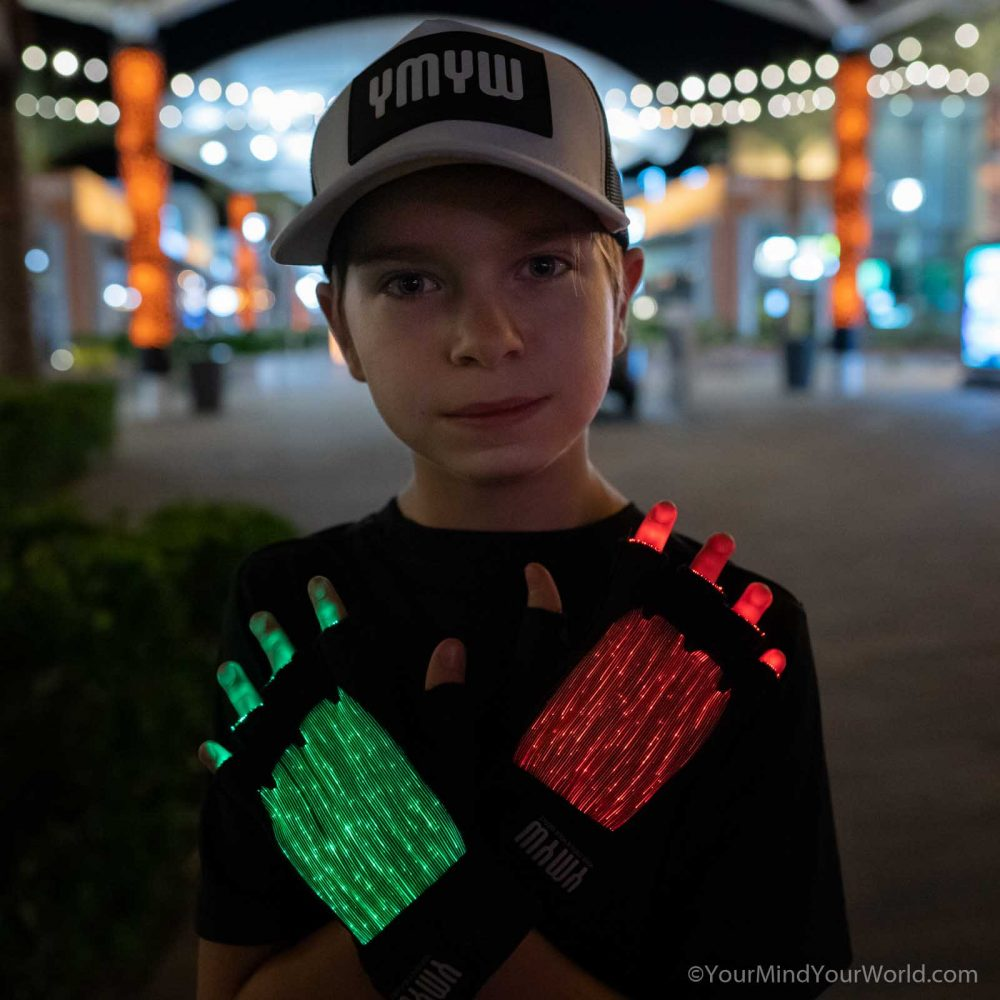 spenttrix led gloves